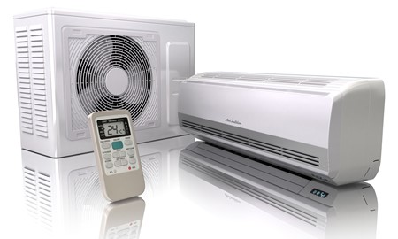reverse cycle split system air conditioning unit with remote control.